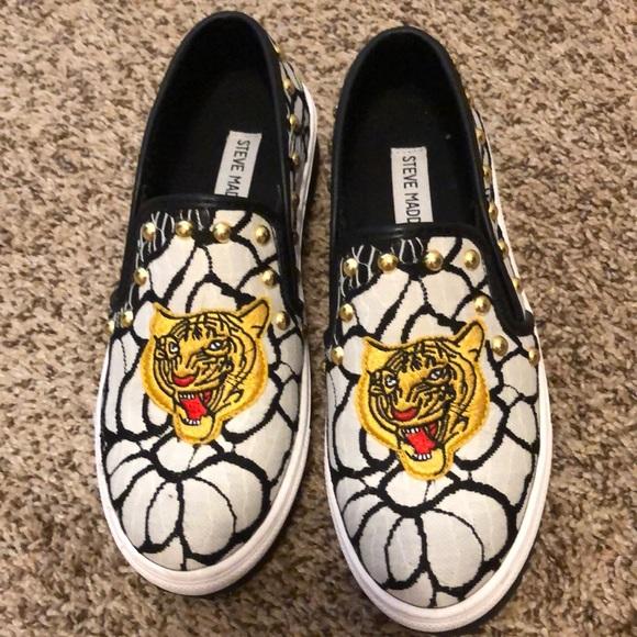 Steve Madden Shoes   Studded Tiger